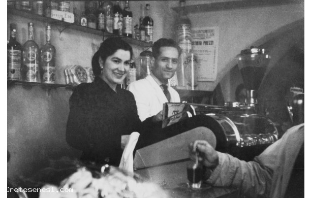 1961 – Terzino e Gina al Bar Guidi